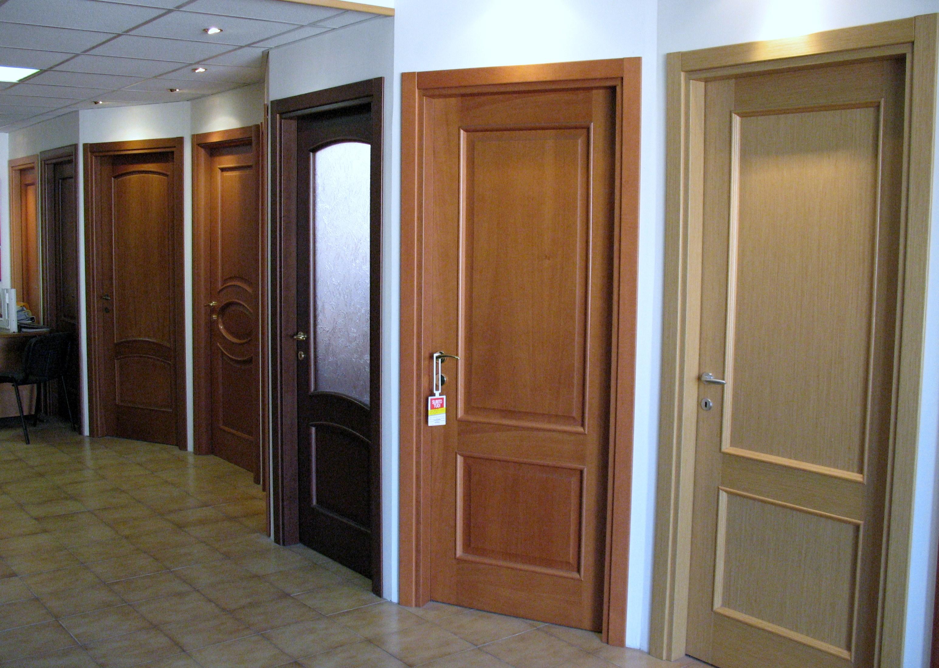 Show room porte da interni 43 54 la falegnameria - Porte da interni ...